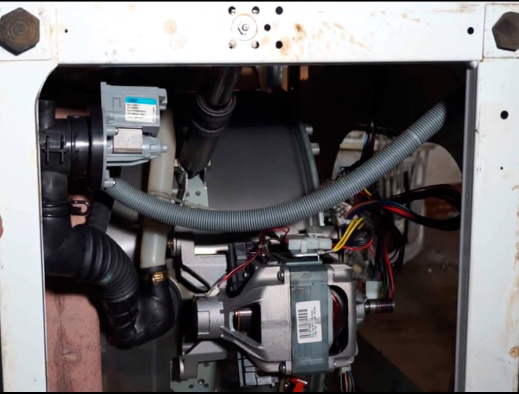 Ремонт насоса стиральной машины в СПб