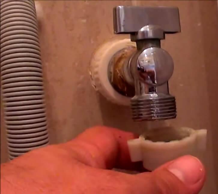 Замена крана стиральной машины в СПб