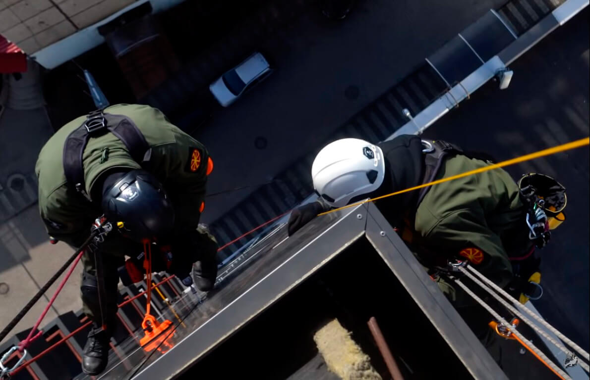 Узнайте стоимость услуг промышленного альпинизма в СПб
