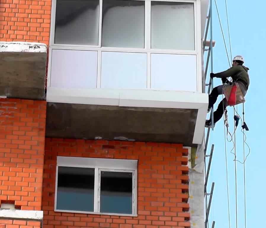 Отделочные работы промышленными альпинистами в СПб