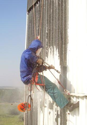 Пескоструйные работы методом промышленного альпинизма в СПб