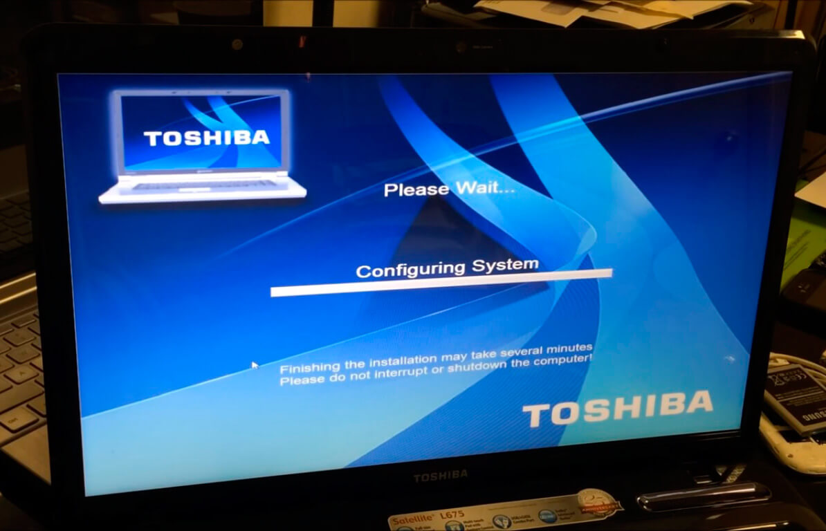 Восстановить Windows на ноутбуке Toshiba в СПб