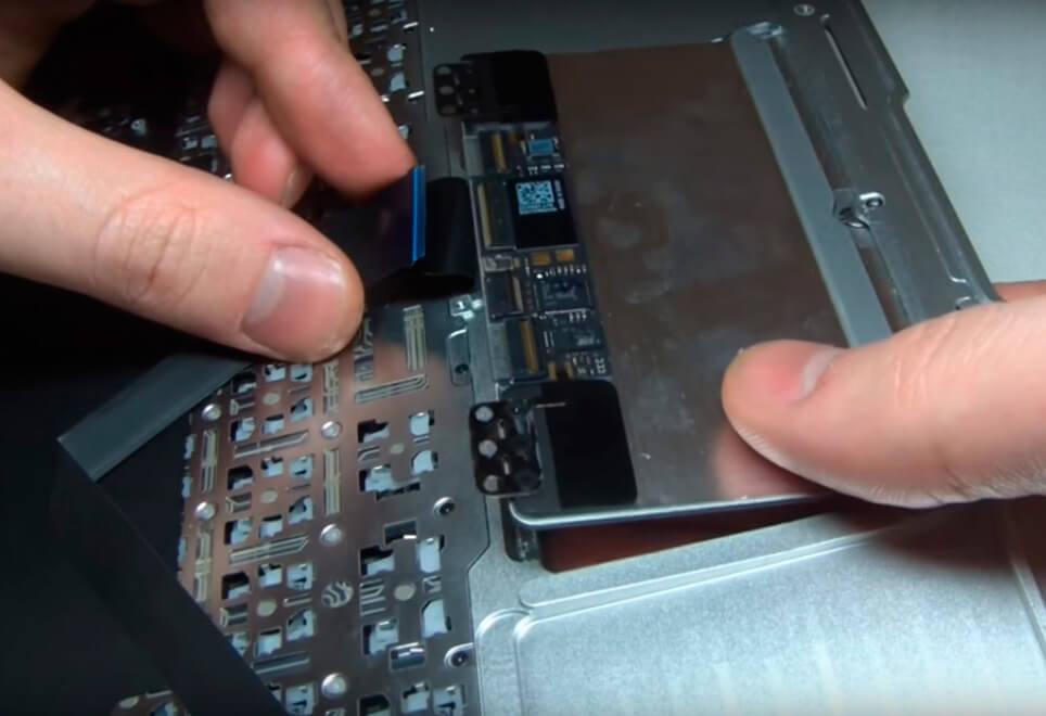 Ремонт и замена тачпада (сенсорной панели) на ноутбуке в СПб