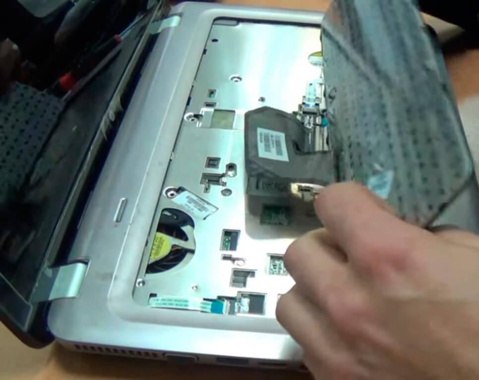 Ремонт и замена клавиатуры ноутбука в СПб
