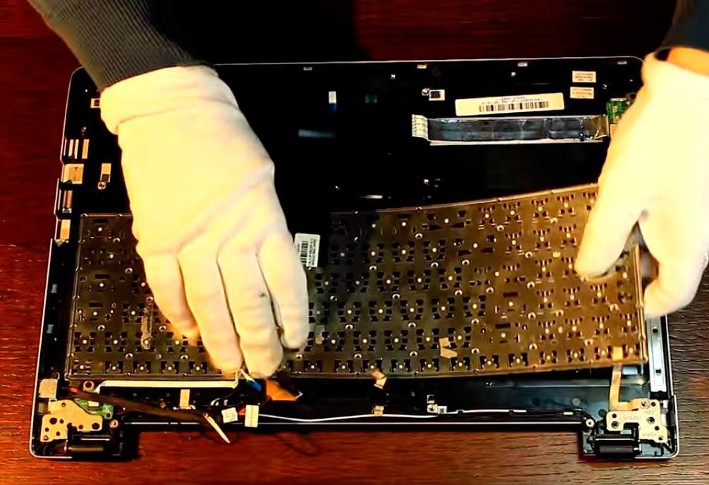 Замена клавиатуры на ноутбуке Asus в СПб
