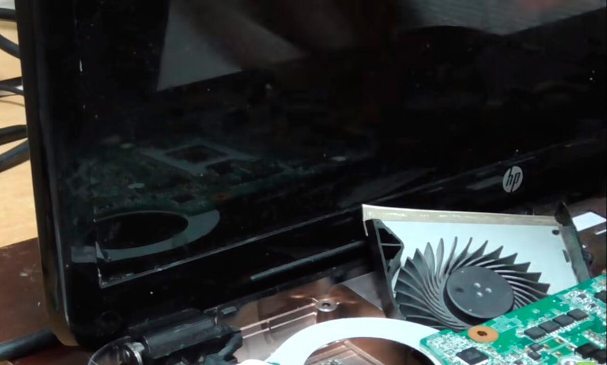 Замена кулера в ноутбуке HP в СПб