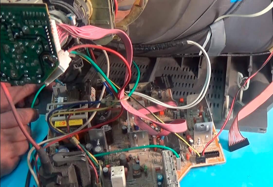 Ремонт телевизоров в Адмиралтейском районе