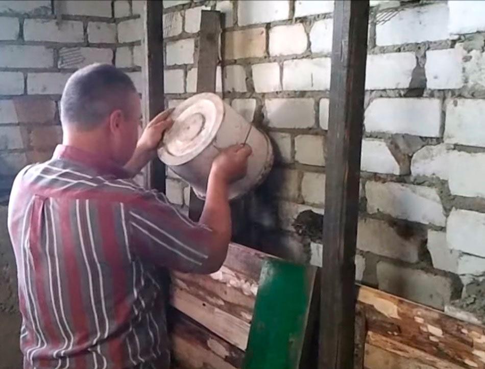 Утепление стен опилками