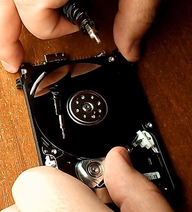 Ремонт жёсткого диска Western Digital