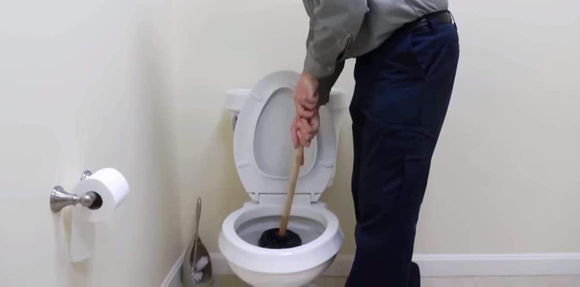 Устранение засора в туалете в Санкт-Петербурге
