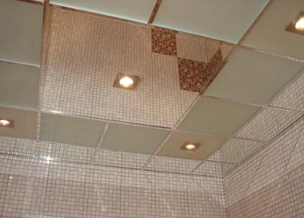 Полистирольный зеркальный потолок