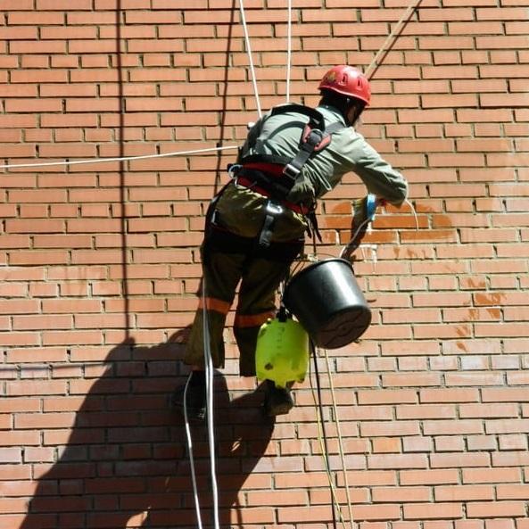 Гидрофобизация фасадов - работы на высоте в СПб